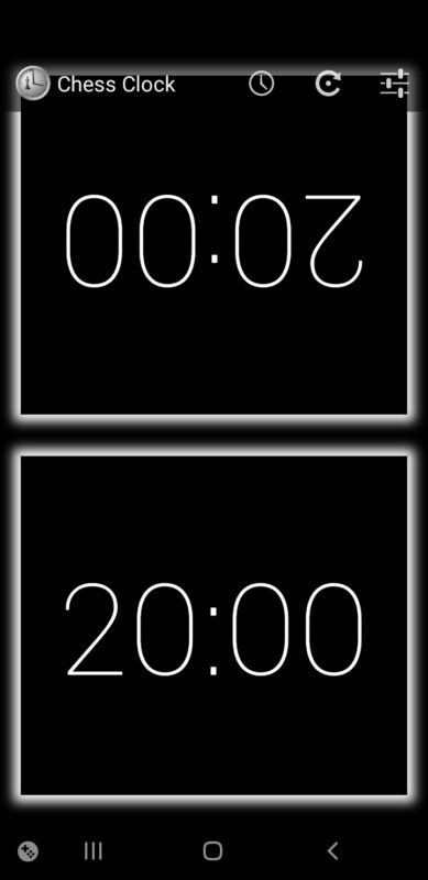 Aplikacja Chess Clock do mierzenia czasu partii szachowej.
